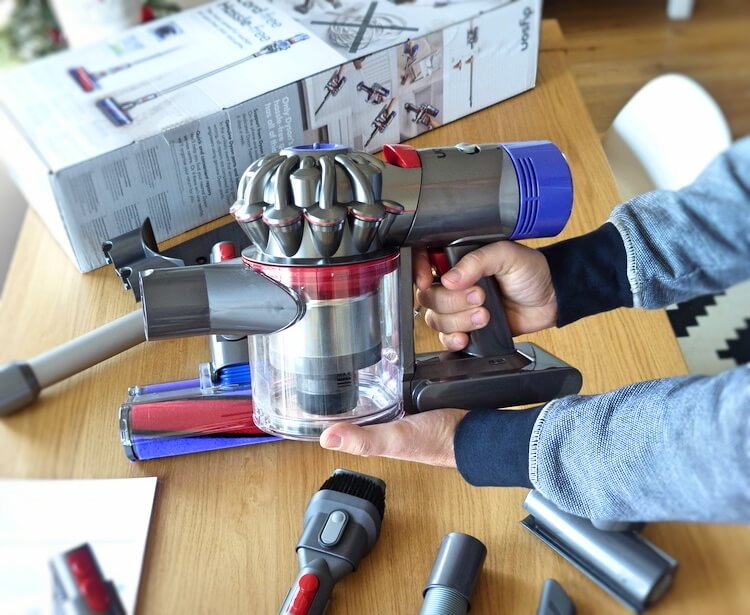 Review Dyson V8 Absolute + motor