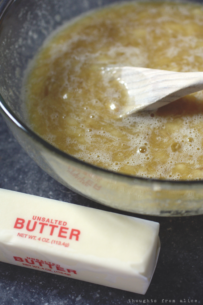 combined wet ingredients in banana bread recipe with no baking soda