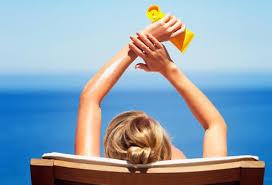 4. Gunakan Sunblock (pelindung kulit)