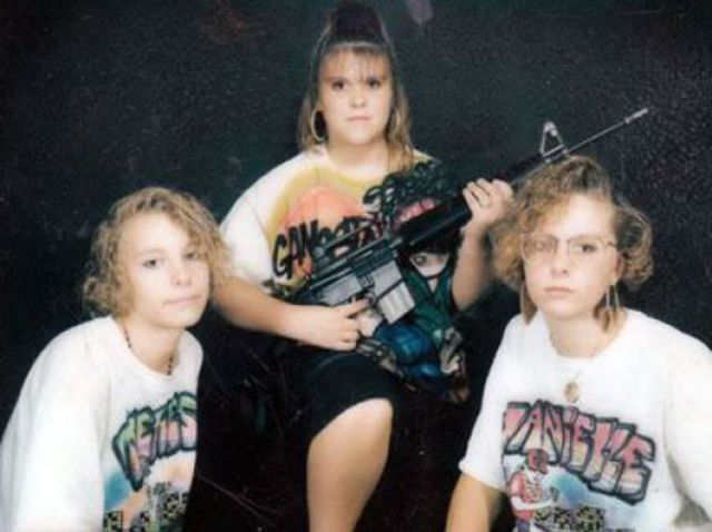 oddly strange awkwardly funny family photos from the 1980s