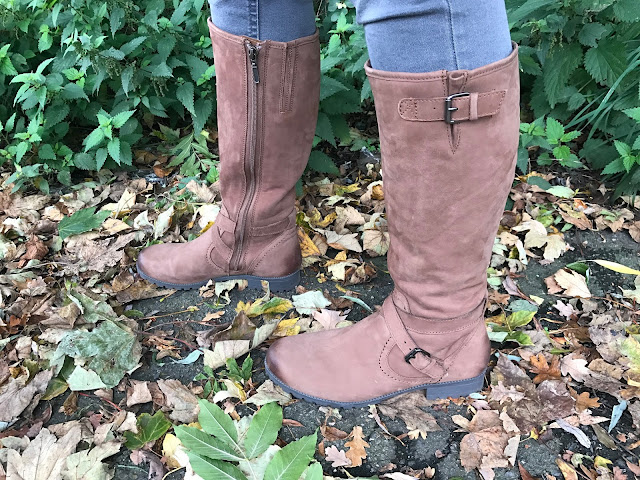 A close up of the Hotter Belle Boots on fallen Autumn leaves