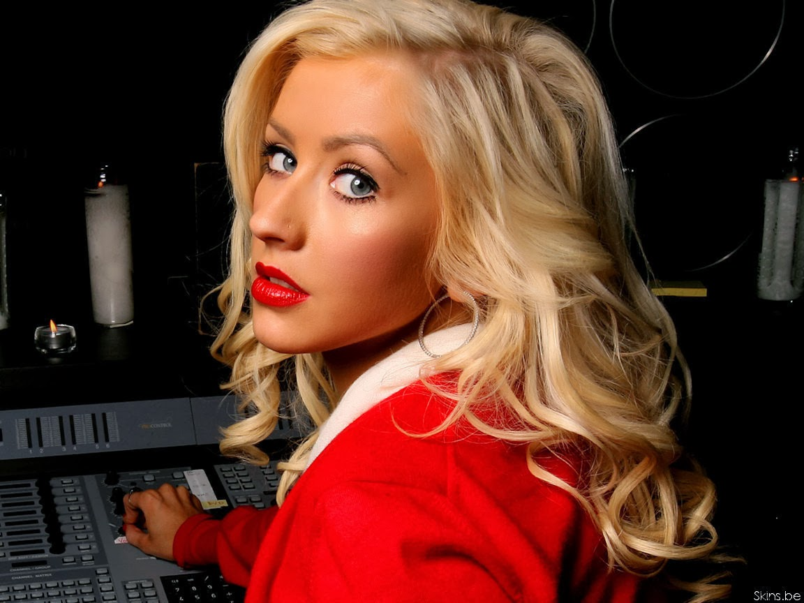 Celebrity hd wallpapers christina aguilera sexy hd wallpapers - Celeb wallpapers ...