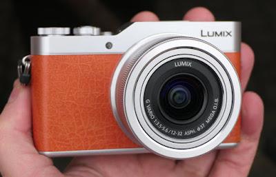 CES 2017: باناسونيك تكشف عن كاميرا السيلفي المميزة Lumix GX800