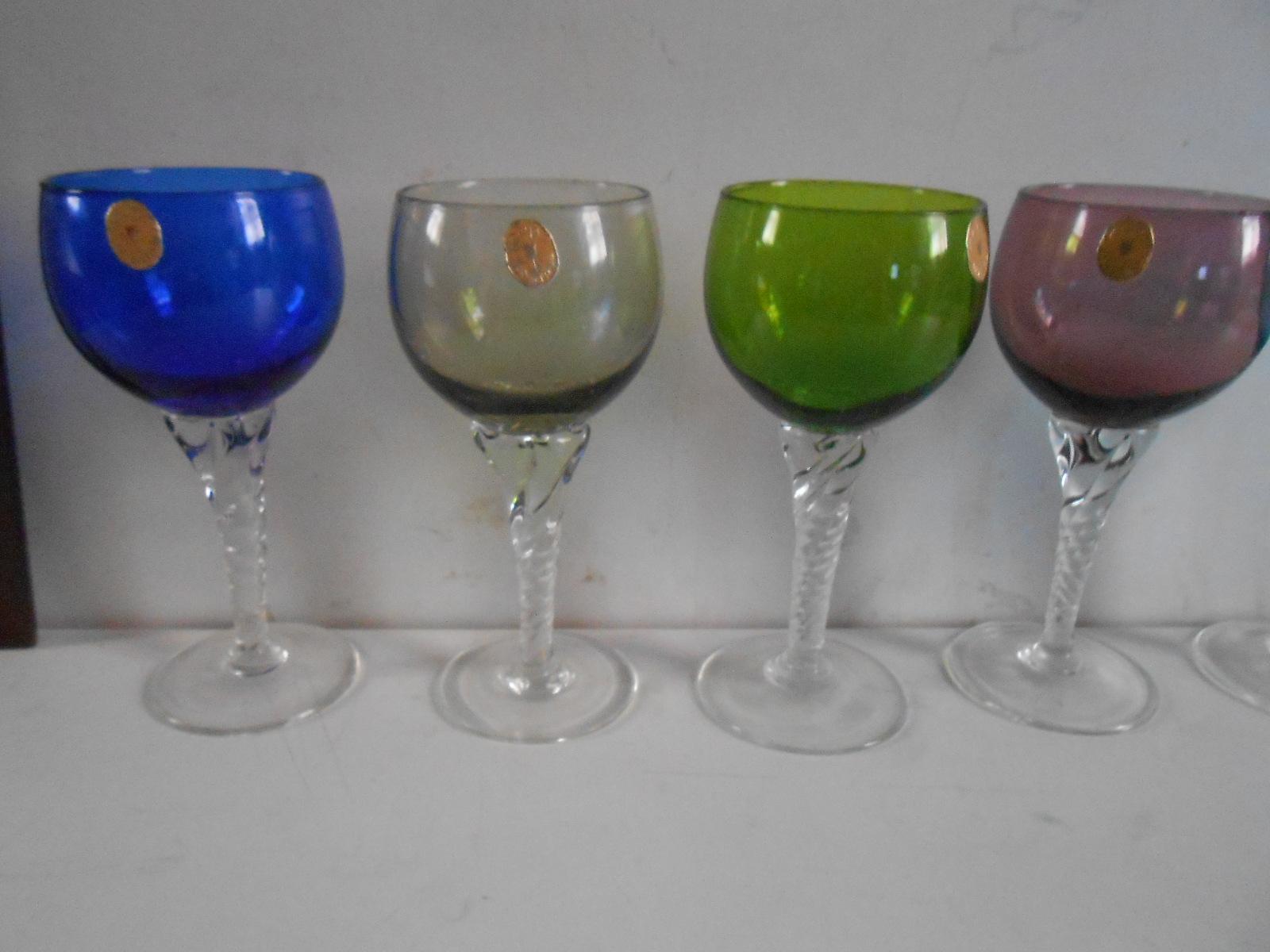 Bicchieri vetro colorati for Bicchieri colorati vetro