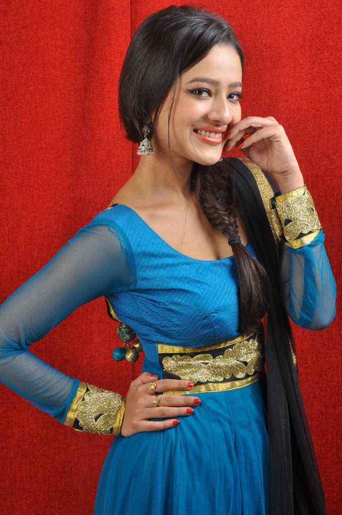 gorgeous and lovely Madalasa sharma in churidar photo gallery