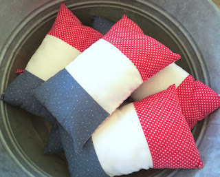 https://www.etsy.com/listing/274360318/petite-pillow-french-flag-lavender?ref=shop_home_active_7