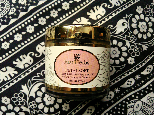 Just Herbs PetalSoft Anti Tan Rose Face Pack : Review