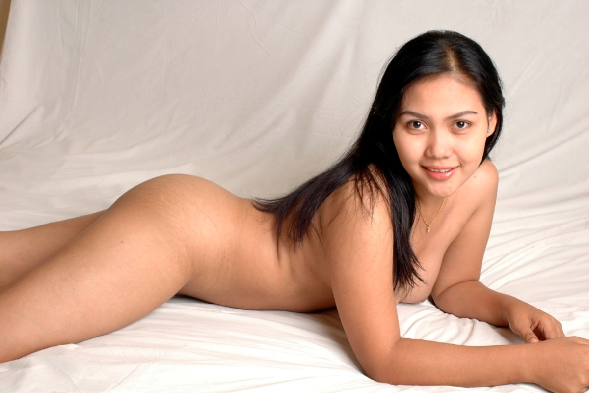 Most beautiful indonesian naked model, chubby girl nude in car