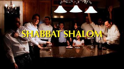 """Six13 está celebrando Shabat con el debut de un nuevo vídeo musical """"Good Shabbos"""" lleno de diversión y alegría."""
