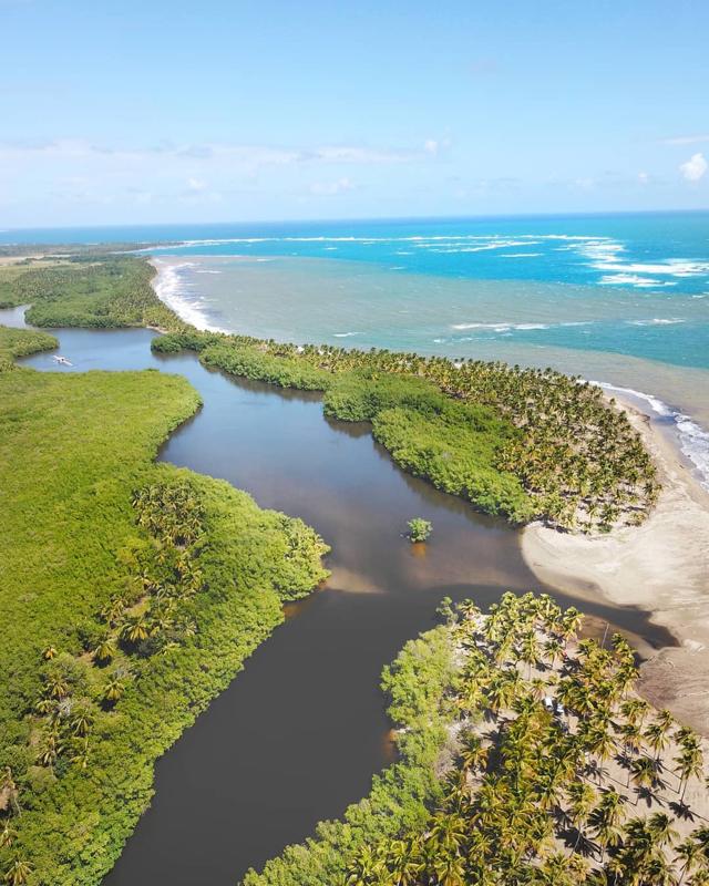 La Gran Laguna o Laguna Perucho, Nagua, República Dominicana.