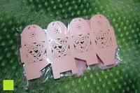 Verpackung: 50pcs Love Heart Laser Wedding Favor Gift Box Kartonage Schachtel Bonboniere Geschenkbox Hochzeit (Pink)