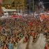Lula reúne multidão em São Leopoldo no encerramento da passagem pelo RGS.
