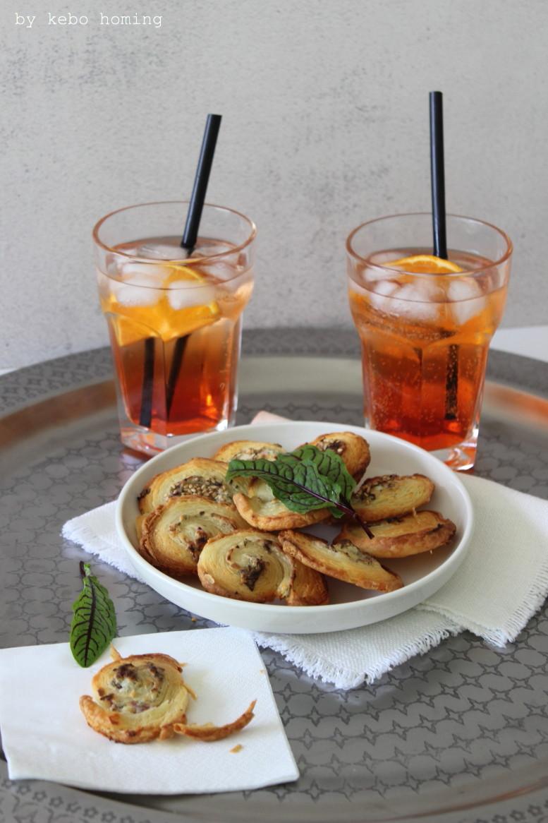 Snacks und Knabbereien zum ESC mit kleinen Quarkteig (falscher Blätterteig) Kräuterschnecken, Rezept auf dem Südtiroler Food- und Lifestyleblog kebo homing