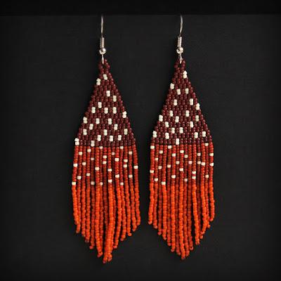 Купить оригинальные украшения ручной работы из бисера длинные коричневые серьги