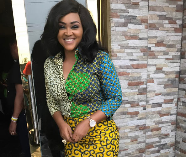 Fans at each other's necks as Mercy Aigbe & Phoonmey Afrika fight over dress