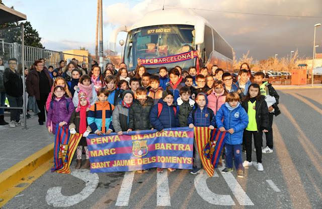 Sortida a veure el FC Barcelona - R. Murcia amb la Penya Blaugrana Marc Bartra de Sant Jaume dels Domenys amb col·laboració de l'AMPA