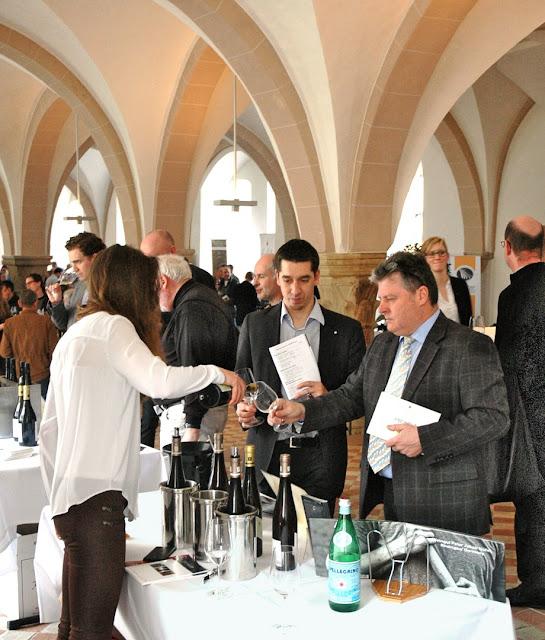 Weinverkostung des VDP im Kloster Ebernbach