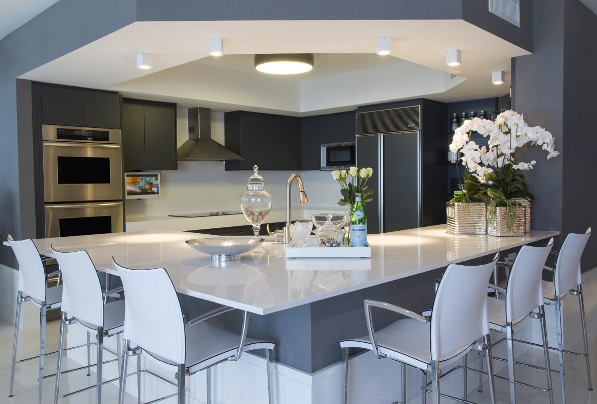 10 Cozinhas cinzas lindas veja modelos clássicos e contemporâneos  #6F6344 1200 812