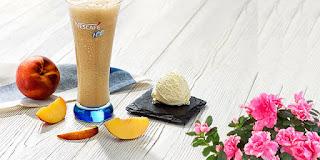 dondurma ve şeftalili soğuk kahve, serinleten soğuk kahve, ferahlatan buzlu kahve, KahveKafe