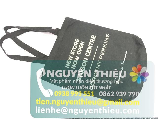 Sản xuất túi vải quảng cáo, may túi vải không dệt in logo giá rẻ