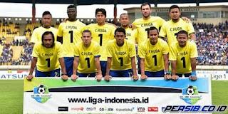 18 Pemain Persib Bandung  Bertolak ke Markas Persela Lamongan