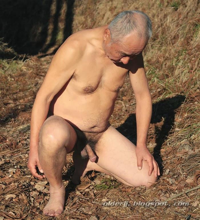 Sex Quality pic old men enjoy pissing