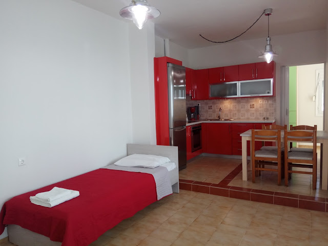 Ενοικιαζόμενα δωμάτια και διαμερίσματα στο Καστρί Ηρακλείου Κρήτης (Κερατόκαμπος)
