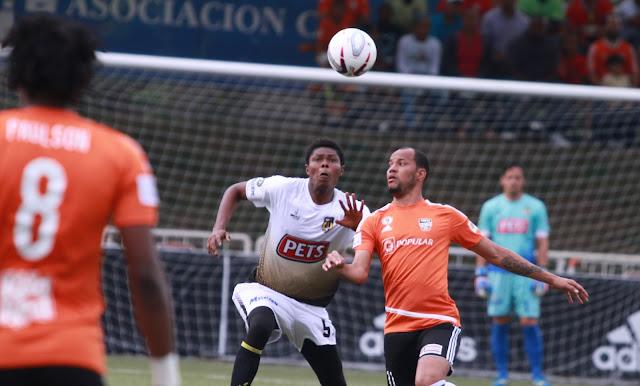 Francoeur anota dos goles, Moca FC saca un empate