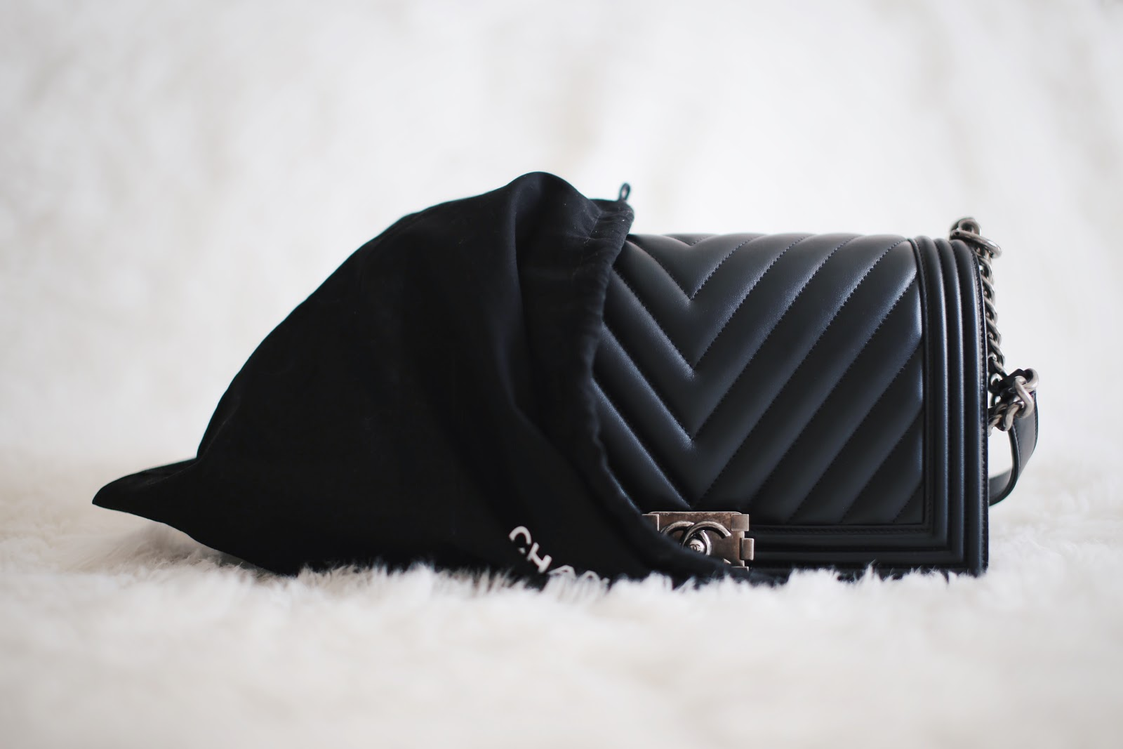 f3bab0942fc2ce Now let's get to the good stuff: Black Chevron Quilted Lambskin and  Ruthenium Hardware Chanel Le Boy, in the new medium size.
