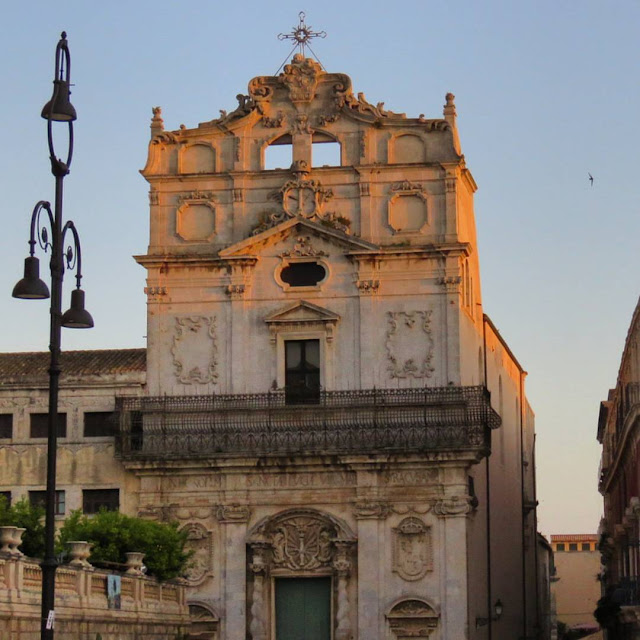 Road trip in Sicily - Baroque church in Siracusa