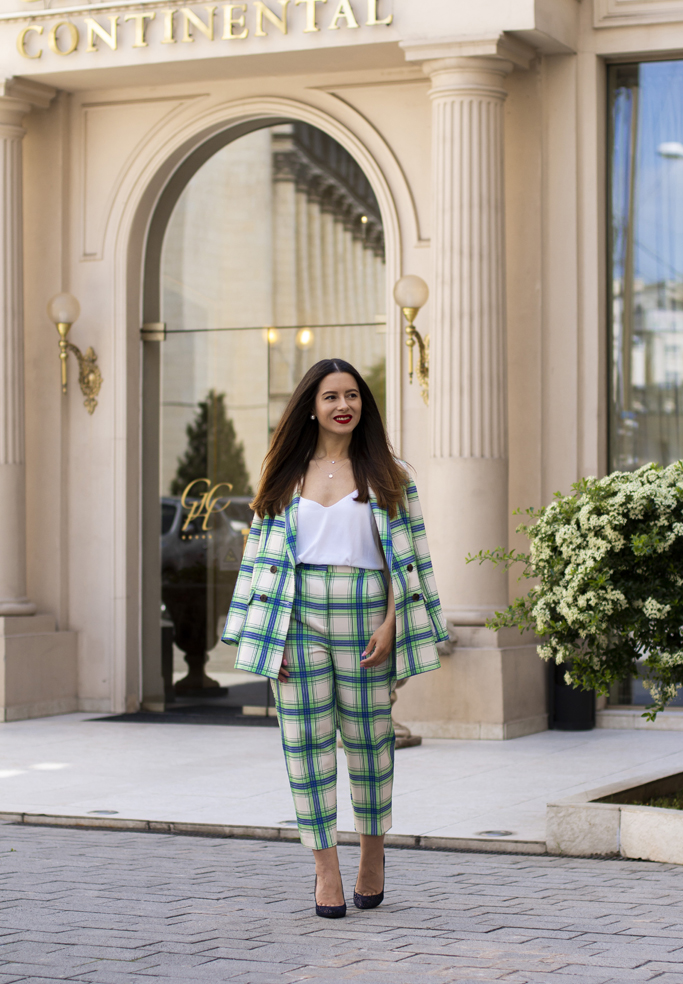 adina nanes checked suit