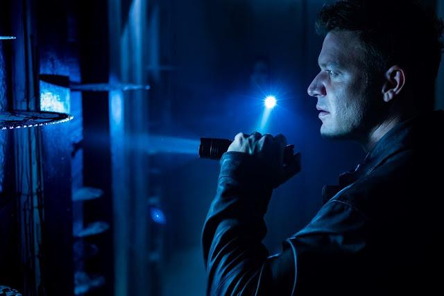 Matt Passmore (Logan) dans Jigsaw