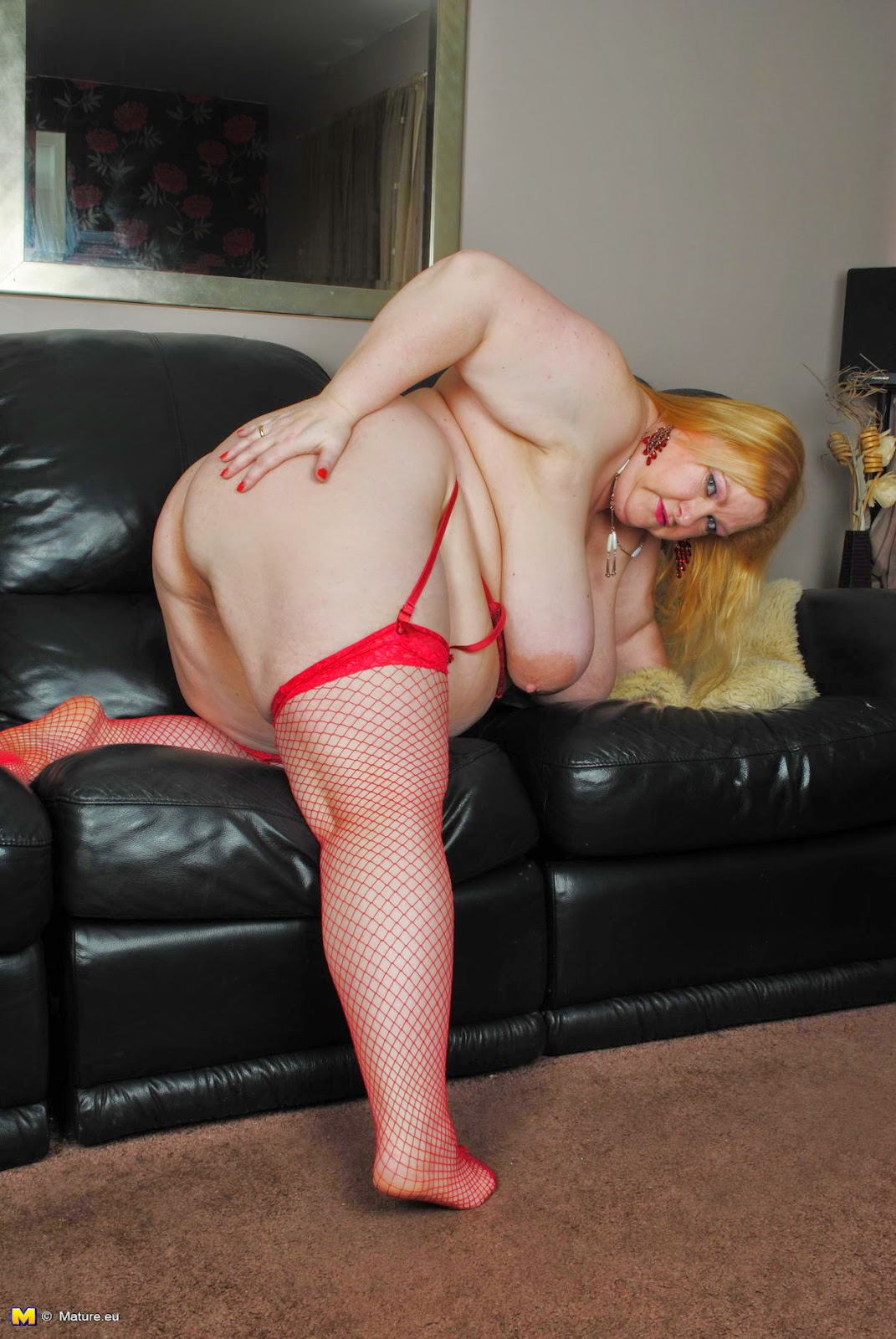 Mature Lovers Bbw Mature In Red Lingerie  Stockings-1205