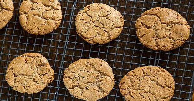 Nutella Stuffed Almond Butter Cookies (Gluten Free)  Recipe