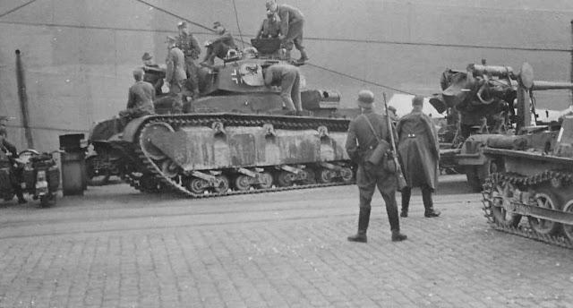 1 April 1940 worldwartwo.filminspector.com Neubaufahrzeug tank