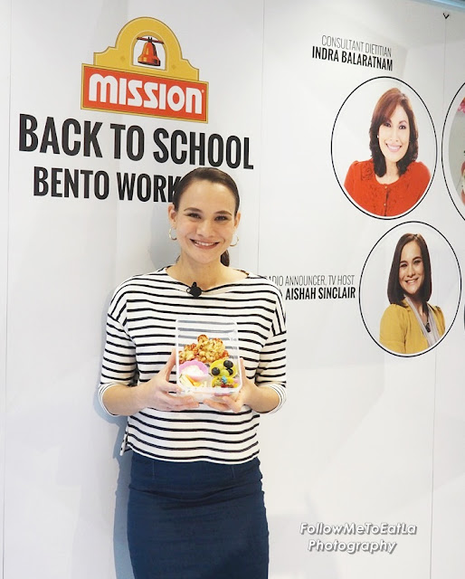 Aishah All Excited Sharing Her Cute Mission Flower Pizza Bento Set