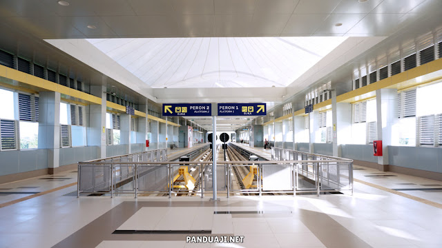 Stasiun LRT di Bandara Sultan Mahmud Badaruddin II