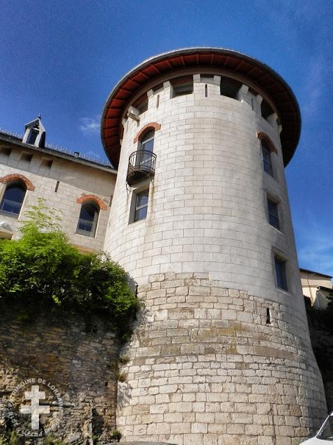 LIVERDUN (54) - Château Corbin
