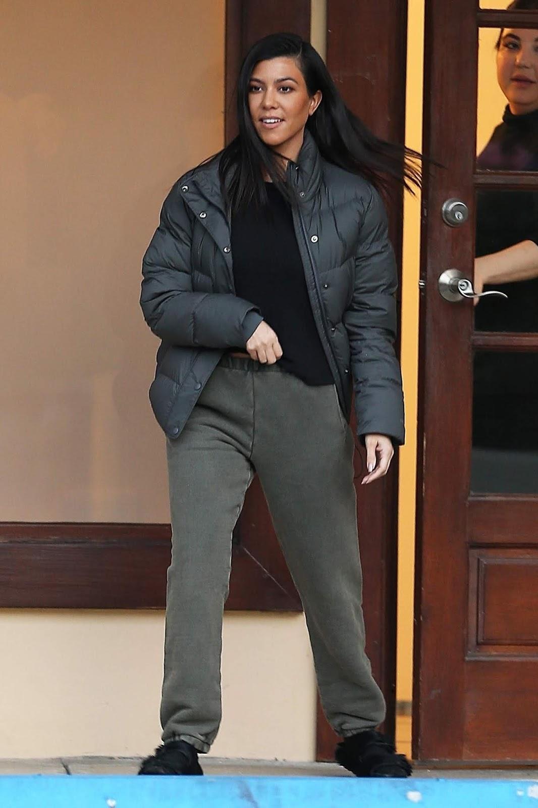 Kourtney Kardashian - out in Calabasas 01/28/2019