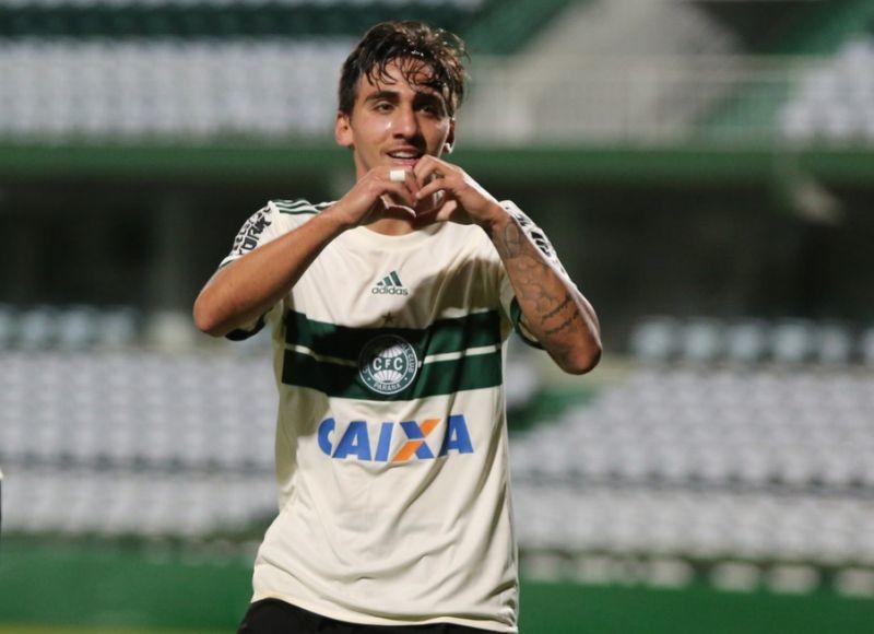 e44ca3786b Corinthians espera primeiro reforço de 2019 na próxima semana - É o ...