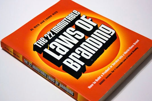 The 22 Immutable Laws of Branding karya Al Ries dan Laura Ries