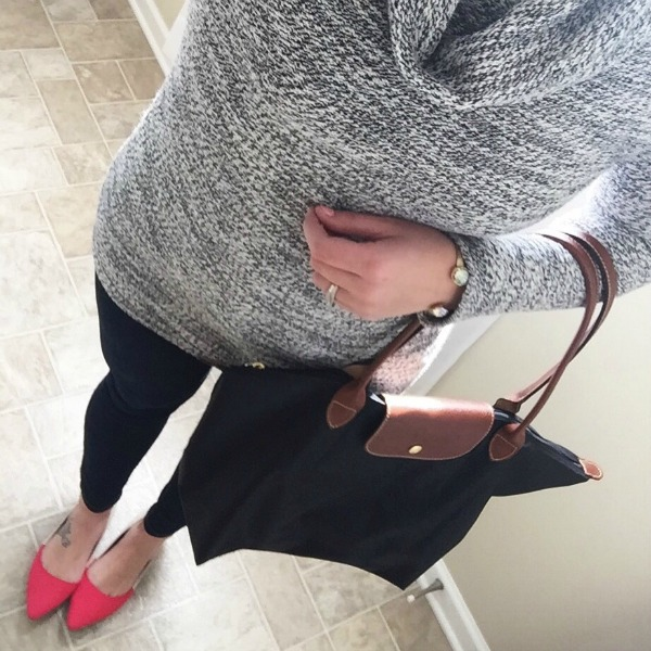 gray top, longchamp, old navy