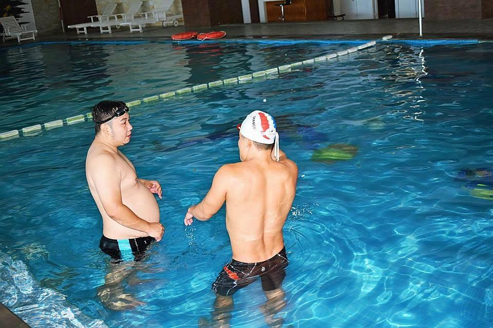 Kết quả hình ảnh cho Bơi lội giúp Phòng trừ bệnh béo phì