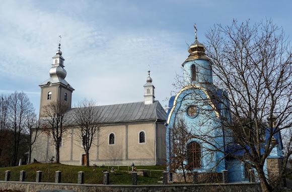 Голубине. Савлявський район. Закарпатська обл. Церква Успіння Пресвятої Богородиці