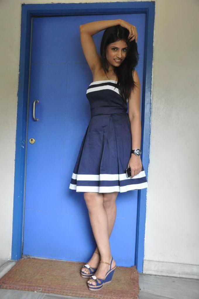 Shweta Pandit Latest Hot Photos
