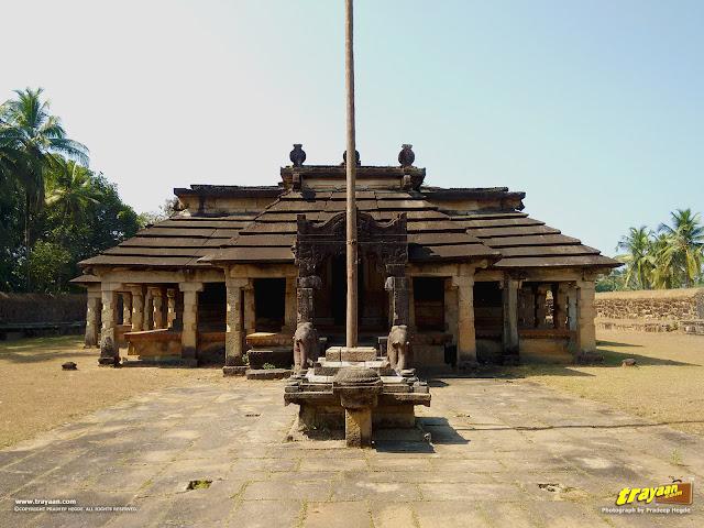 The 1200 year old Neminatha Temple of Varanga