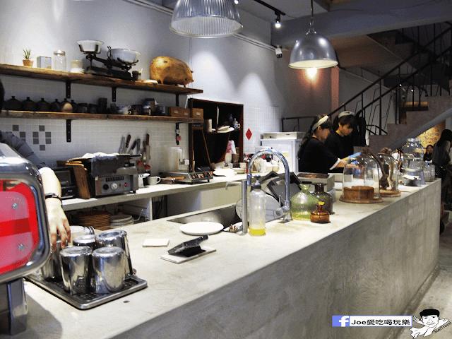 IMG 6185 - 【新竹美食】百分之二 咖啡 / 2/100 CAFE 一百種味道 二店,用餐環境可是寬廣,甜點也很精緻好吃!