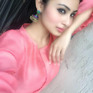 Mouni roy age, hot, husband, images, mohit raina, gaurav chopra married, baby, bikini, biography, boyfriend name, facebook, family, in nagin, latest news, marriage, personal life, profile, twitter, actress, biodata