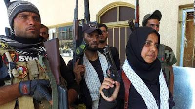 Wahida Mohamad, comandante de una milicia en el norte de Irak que lucha contra el EIIL.
