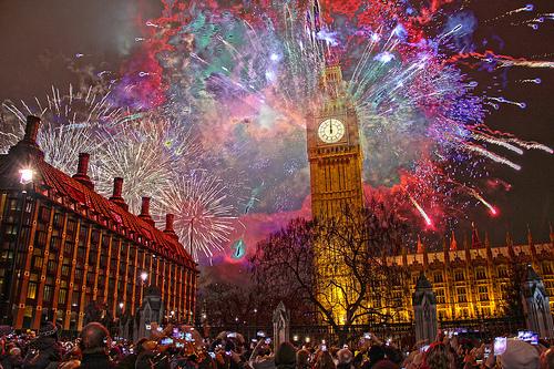KUMPULAN GAMBAR KEMBANG API TAHUN BARU 2016 Happy New Year